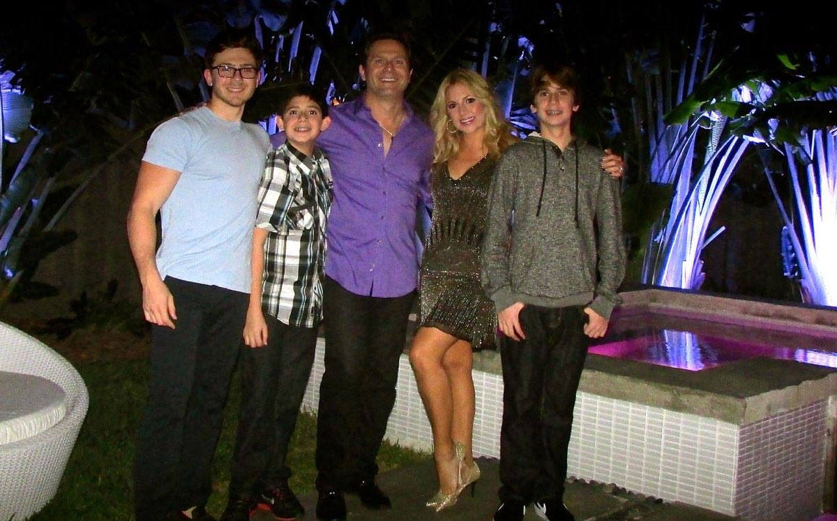 Brett, Giselle and Family at their NYE Party
